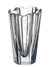 Corona Vase
